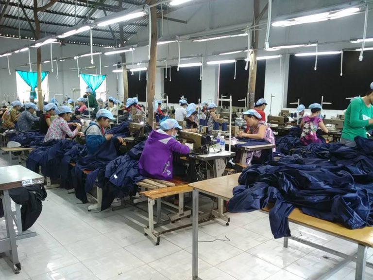 Cơ sở sản xuất áo mưa chất lượng vượt trội