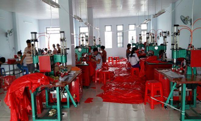Xưởng sản xuất áo mưa tại HCM giá rẻ chất lượng uy tín nhất