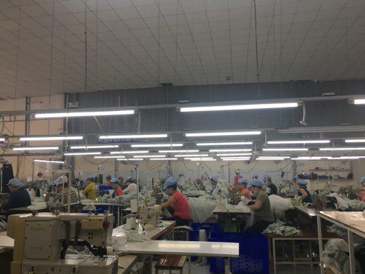 Công ty sản xuất áo mưa theo yêu cầu uy tín chất lượng giá rẻ