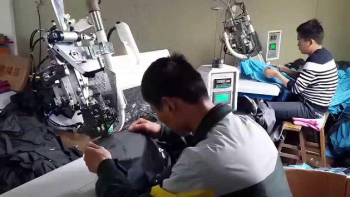 Công ty áo mưa - Xưởng sản xuất áo mưa chuyên nghiệp uy tín