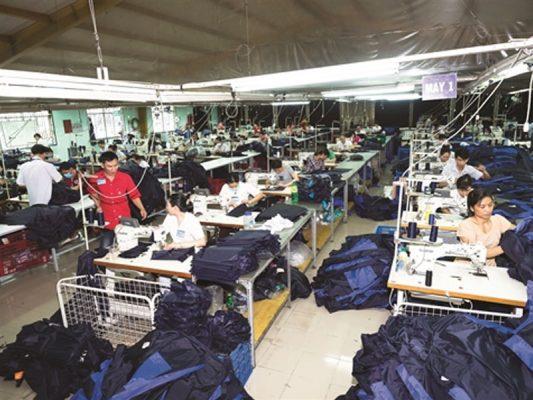 Xưởng sản xuất áo mưa CT uy tín chất lượng nhất thị trường